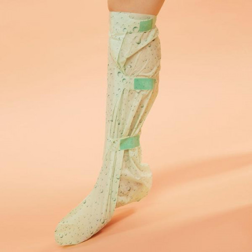 VOESH Cooling Therapy Knee High Socks 1 pair